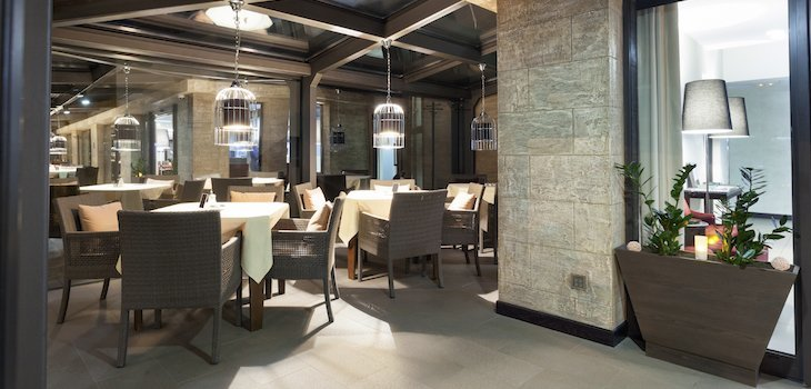 Restaurant interior design trends the nomad bar by